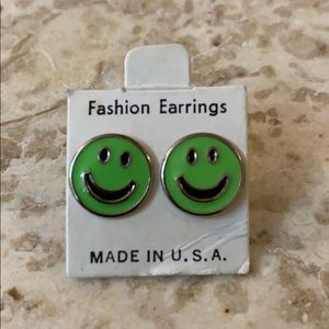 Vintage 1980-90s era Neon Smiley Face Stud Earring